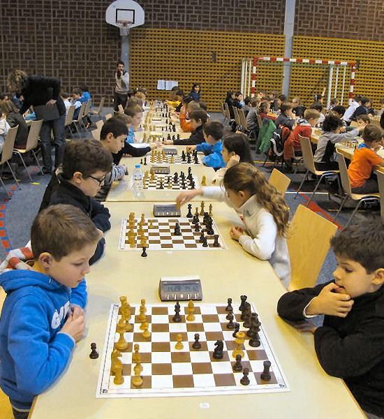 Grande fête scolaire des échecs