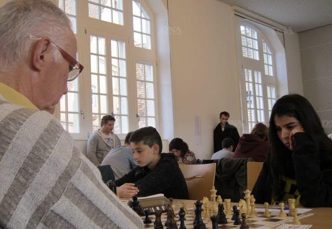 La pratique des échecs est mixte et intergénérationnelle. Lors de l'open du Mont Sainte-Odile, la plus jeune participante avait 6 ans, le plus âgé 78. - Photos DNA -