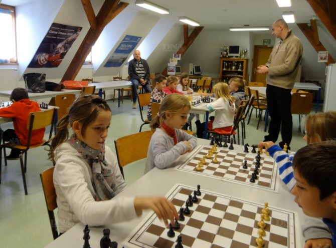 Première séance pour les petits écoliers de CE2 de Bennwihr. Photo DNA
