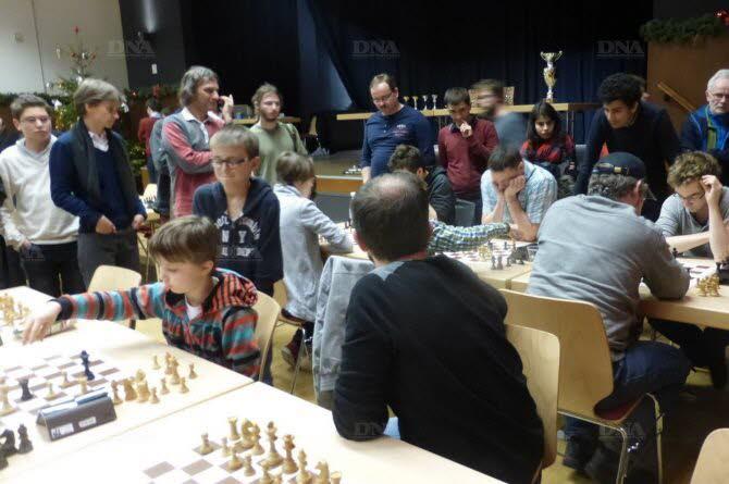 Les mordus d'échecs peuvent s'adonner à leur passion jusqu'à mercredi. Photo DNA